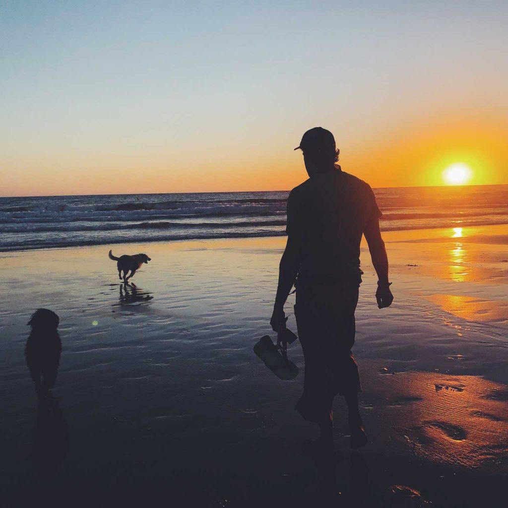 foto-principal-entorno-home-surf-casa-vacaciones-palmar-alquiler-vacacional-tropical-tuna